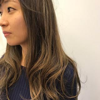 冬 ロング オフィス グラデーションカラー ヘアスタイルや髪型の写真・画像