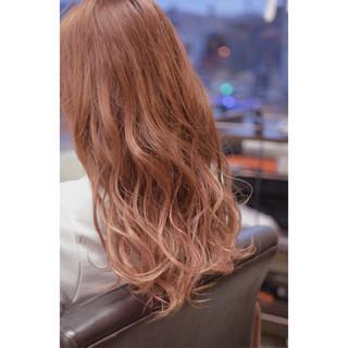 グラデーションカラー ロング エレガント 上品 ヘアスタイルや髪型の写真・画像