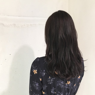グレージュ ゆるふわ 暗髪 アッシュ ヘアスタイルや髪型の写真・画像