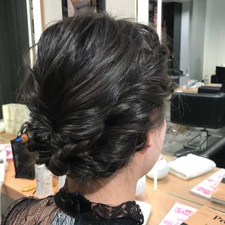 くるりんぱ ねじり アップスタイル ストレート ヘアスタイルや髪型の写真・画像 ヘアスタイルや髪型の写真・画像