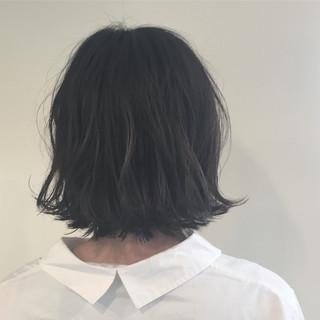 グレージュ 外ハネ 黒髪 ボブ ヘアスタイルや髪型の写真・画像