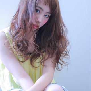 外国人風カラー 女子会 ストリート ロング ヘアスタイルや髪型の写真・画像