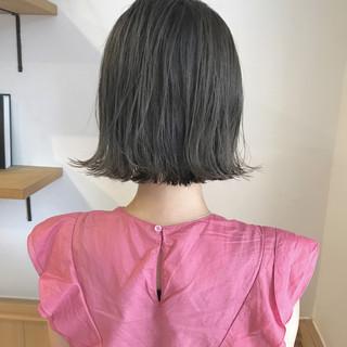 ナチュラル 切りっぱなし ハイライト ロブ ヘアスタイルや髪型の写真・画像 ヘアスタイルや髪型の写真・画像