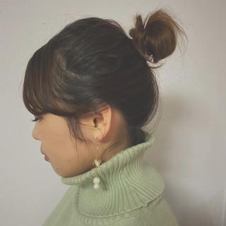 ガーリー お団子アレンジ 簡単 簡単ヘアアレンジ ヘアスタイルや髪型の写真・画像