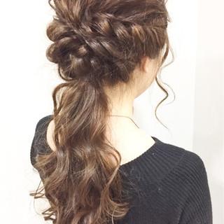 ローポニーテール 結婚式 ロング エレガント ヘアスタイルや髪型の写真・画像