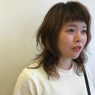 ヘアアレンジ ミディアム 外国人風 ウルフカット ヘアスタイルや髪型の写真・画像 ヘアスタイルや髪型の写真・画像