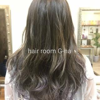 アッシュ 女子会 グラデーションカラー フェミニン ヘアスタイルや髪型の写真・画像