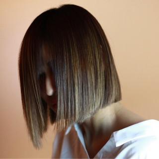 オフィス ボブ モード 縮毛矯正 ヘアスタイルや髪型の写真・画像