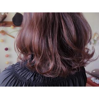 パーマ ガーリー レッド デート ヘアスタイルや髪型の写真・画像