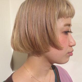 ハイトーン ブリーチ ストリート ボブ ヘアスタイルや髪型の写真・画像