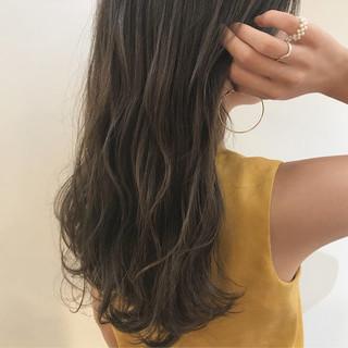 透明感カラー ナチュラル 柔らかパーマ デート ヘアスタイルや髪型の写真・画像