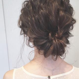 ロング 結婚式 ヘアアレンジ 大人かわいい ヘアスタイルや髪型の写真・画像 ヘアスタイルや髪型の写真・画像