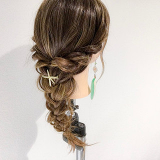 エレガント ヘアアレンジ 上品 ロング ヘアスタイルや髪型の写真・画像