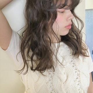 オフィス デート ガーリー ゆるふわ ヘアスタイルや髪型の写真・画像