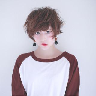 ゆるふわ 小顔 ショート フェミニン ヘアスタイルや髪型の写真・画像