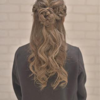 どんなドレスでも似合う♡結婚式・お呼ばれの髪型カタログ