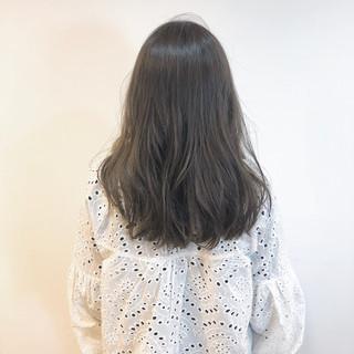 ゆるウェーブ セミロング ゆるふわセット スタイリング ヘアスタイルや髪型の写真・画像 ヘアスタイルや髪型の写真・画像