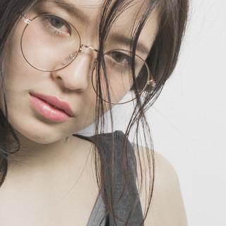 セミロング 前髪あり シースルーバング 黒髪 ヘアスタイルや髪型の写真・画像