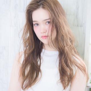 アッシュ グラデーションカラー ハイライト 外国人風 ヘアスタイルや髪型の写真・画像