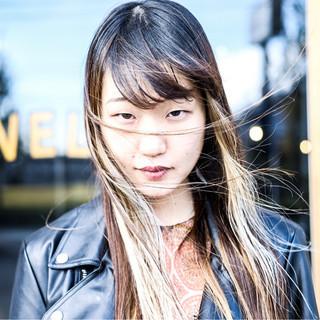 モード ロング デート ヘアスタイルや髪型の写真・画像