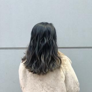 ゆるふわ グラデーションカラー アンニュイほつれヘア 大人かわいい ヘアスタイルや髪型の写真・画像