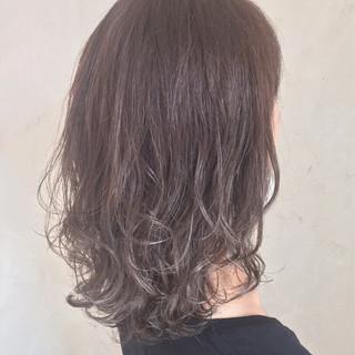 ナチュラル 透明感 グラデーションカラー イルミナカラー ヘアスタイルや髪型の写真・画像 ヘアスタイルや髪型の写真・画像