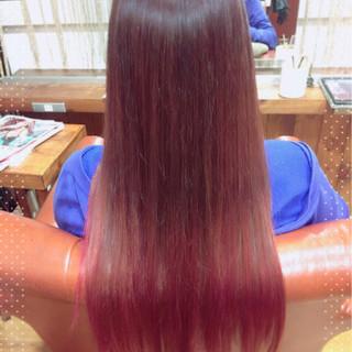 グラデーションカラー ロング モード レッド ヘアスタイルや髪型の写真・画像