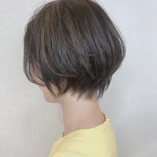 ショートボブ ショート デート ナチュラル ヘアスタイルや髪型の写真・画像
