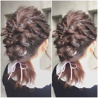 ヘアアレンジ ガーリー ミディアム フェミニン ヘアスタイルや髪型の写真・画像