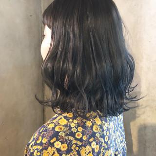 ミディアム 外国人風カラー アッシュ グレージュ ヘアスタイルや髪型の写真・画像