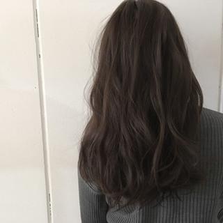 抜け感 ロング アッシュ 外国人風 ヘアスタイルや髪型の写真・画像