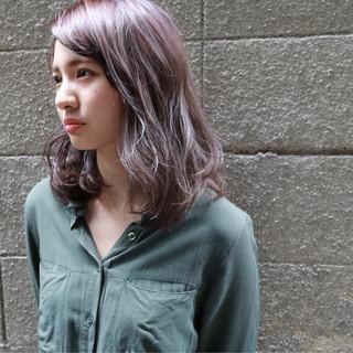 ストリート パーマ ピュア ミディアム ヘアスタイルや髪型の写真・画像