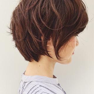 オフィス ガーリー 斜め前髪 ショート ヘアスタイルや髪型の写真・画像