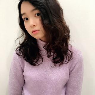 外国人風 レイヤーカット セミロング 大人かわいい ヘアスタイルや髪型の写真・画像