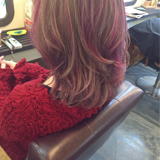 グレージュ 外国人風カラー アッシュ ミディアム ヘアスタイルや髪型の写真・画像