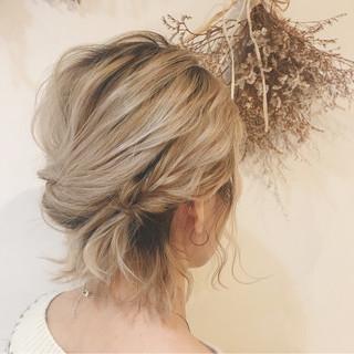 くるりんぱ 成人式 ナチュラル 簡単ヘアアレンジ ヘアスタイルや髪型の写真・画像 ヘアスタイルや髪型の写真・画像