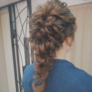 波ウェーブ ヘアアレンジ 編み込み セミロング ヘアスタイルや髪型の写真・画像