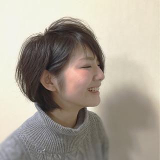 ボブ 耳かけ 暗髪 透明感 ヘアスタイルや髪型の写真・画像