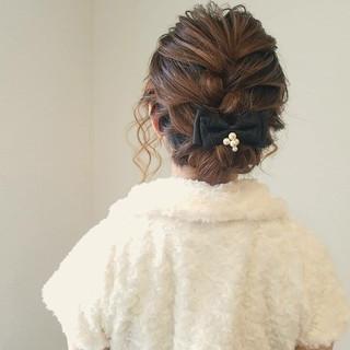 フェミニン ヘアアレンジ 編み込み アップスタイル ヘアスタイルや髪型の写真・画像