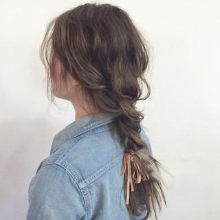 アンニュイほつれヘア デート 簡単ヘアアレンジ セミロング ヘアスタイルや髪型の写真・画像