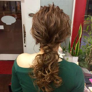 結婚式ヘアアレンジ セミロング ナチュラル 結婚式 ヘアスタイルや髪型の写真・画像