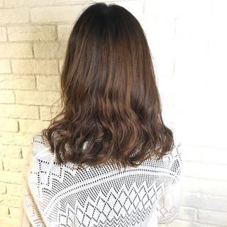 デート パーマ ナチュラル ヘアアレンジ ヘアスタイルや髪型の写真・画像