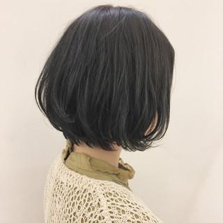 ナチュラル 黒髪 グレージュ ショート ヘアスタイルや髪型の写真・画像