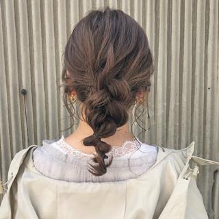 セミロング ガーリー デート 透明感カラー ヘアスタイルや髪型の写真・画像
