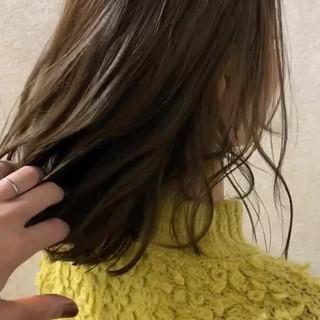 切りっぱなしボブ N.オイル ミディアム オリーブベージュ ヘアスタイルや髪型の写真・画像