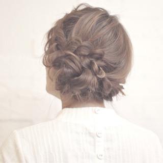 アッシュ ロング ねじり パーティ ヘアスタイルや髪型の写真・画像