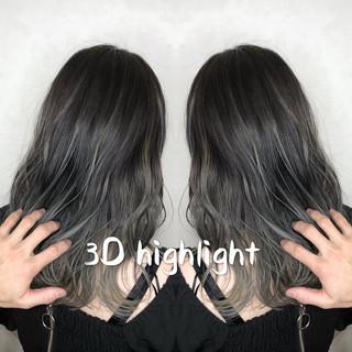 セミロング ハイライト バレイヤージュ エレガント ヘアスタイルや髪型の写真・画像