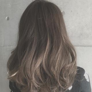 ブラウン 外国人風 ガーリー グラデーションカラー ヘアスタイルや髪型の写真・画像