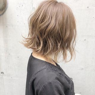 大人かわいい デート 切りっぱなし ボブ ヘアスタイルや髪型の写真・画像 ヘアスタイルや髪型の写真・画像