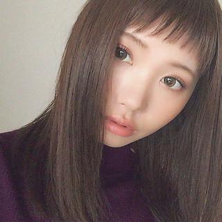 ミディアム 前髪あり ナチュラル 暗髪 ヘアスタイルや髪型の写真・画像